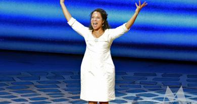 Nurlaila Karim in première in Mamma Mia!